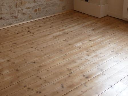 Comment poncer et vitrifier un parquet massif for Parquet renovation