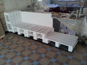 comment r utiliser des palettes pour en faire une banquette 1 2 r novation d coration d. Black Bedroom Furniture Sets. Home Design Ideas
